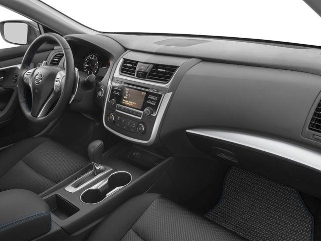 2004 Nissan Altima Black Interior 98342 Loadtve