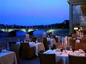 4 Waterfront Restaurants For Romantic Meals In Chesapeake